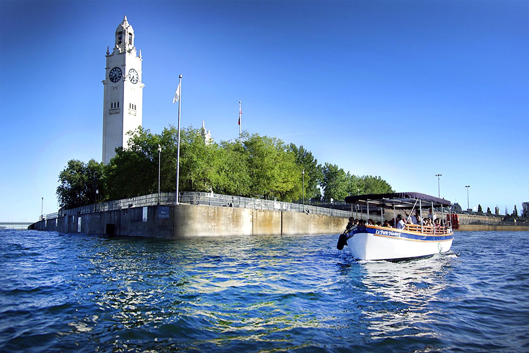 Le Petit Navire Old Port Of Montr 233 Al